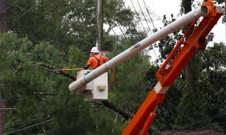KUA Finishes Local Power Restoration from Hurricane Irma; Crews Head to Orlando