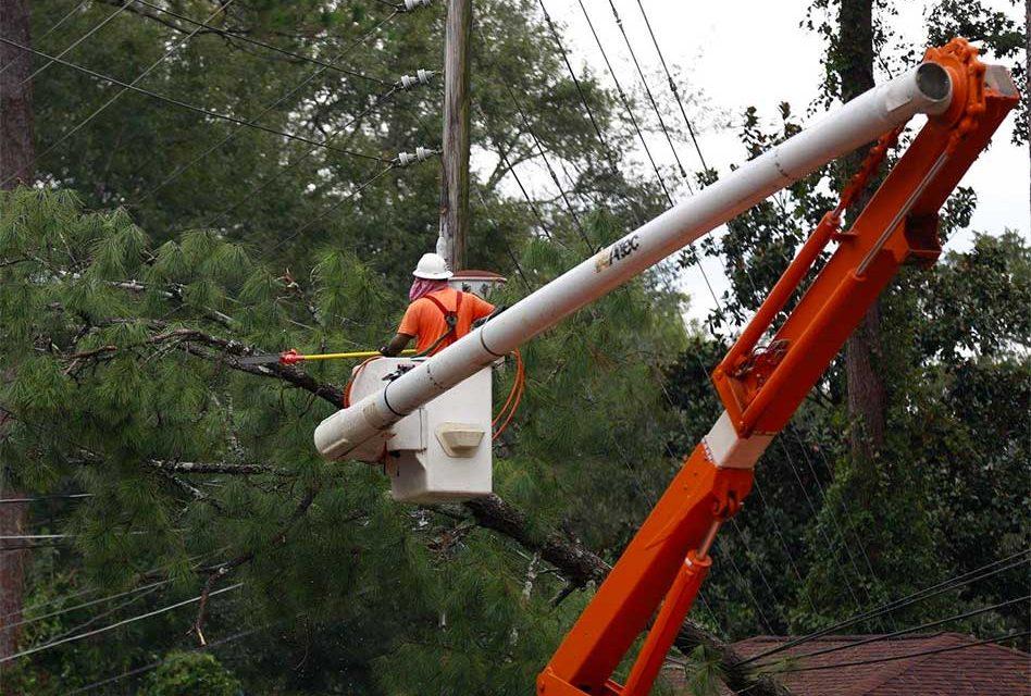 KUA Finishes Local Power Restoration from Hurricane Irma; Crews Head to Orlando