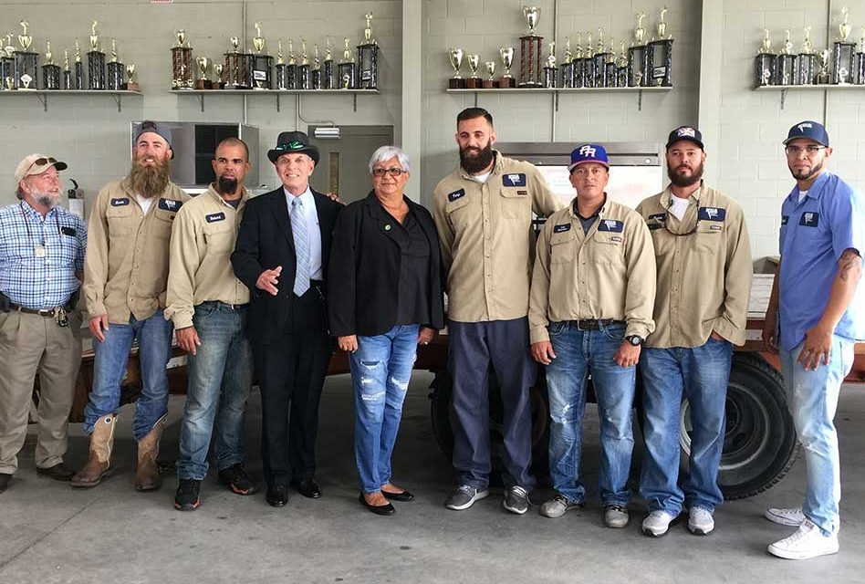 KUA Linemen Arrive in Puerto Rico and Prepare to Help with Power Restoration