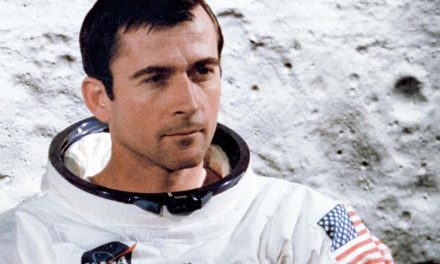 Commander John Young, Orlando Native Space Legend Dies at 87