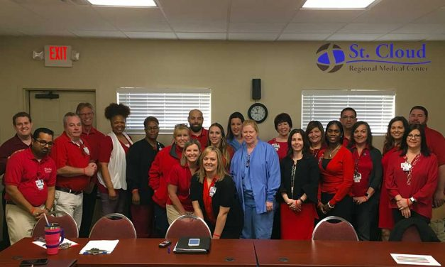 St. Cloud Regional Medical Center Shows Off its Red and its Heart!