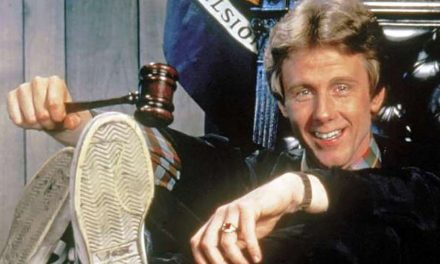 Harry Anderson, Star of Sitcom 'Night Court,' Dead at 65