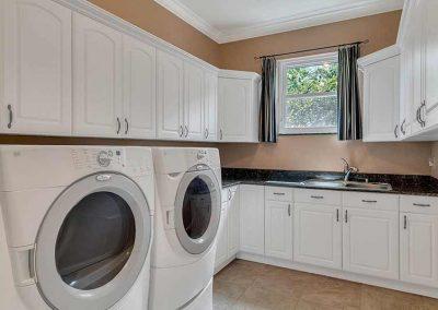 6358-Oak-Shore-Dr--St-Cloud--FL-34771----34---Laundry