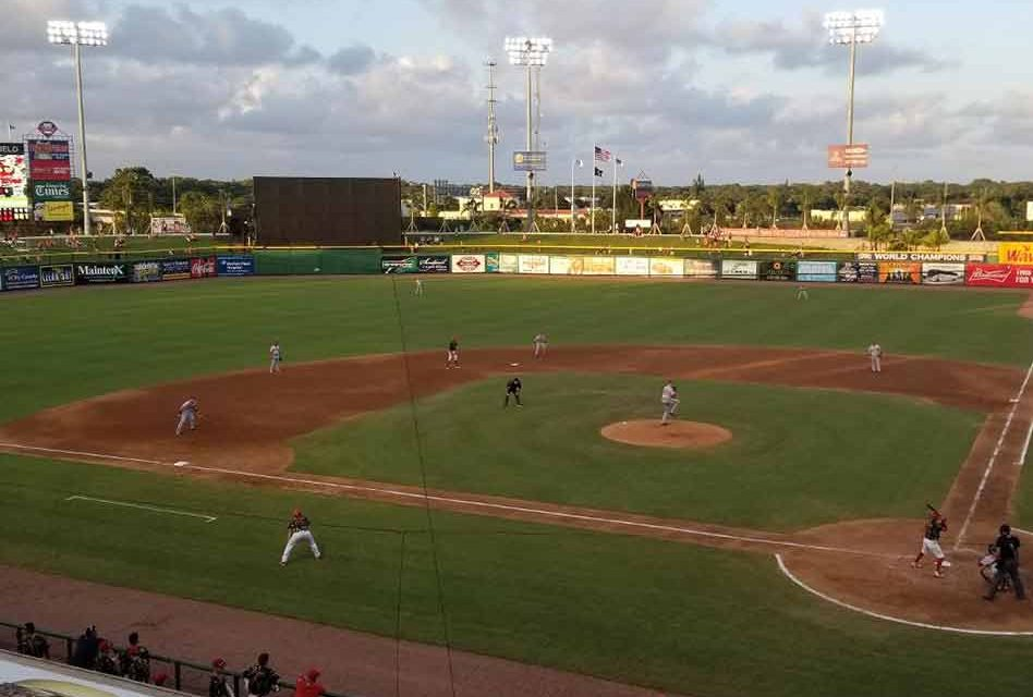 Florida Fire Frogs' Pache Keeps Rolling in Loss to Threshers