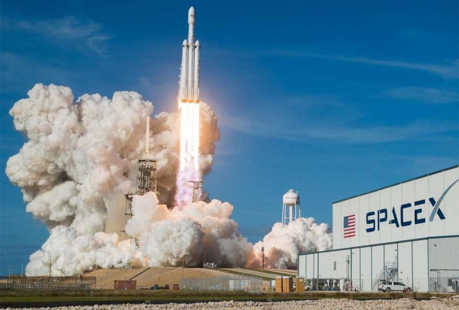 SpaceX and its Falcon Heavy Rocket Win Air Force Classified Mission Bid