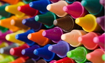 Playskool Crayons Bought at Discount Store Test Positive for Asbestos, Group Reports