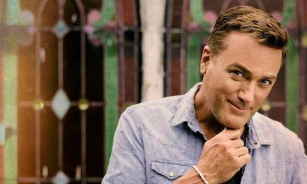 Michael W. Smith and Newsboys to Perform at SeaWorld Orlando's Praise Wave