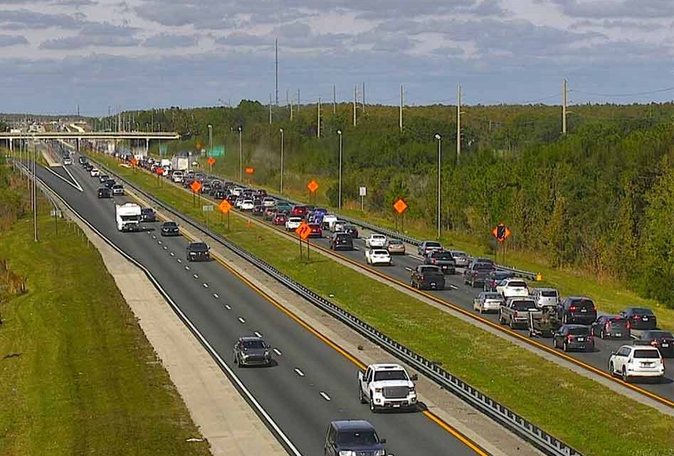 Holiday Traffic Causes Delays on Florida's Turnpike Southbound Lanes