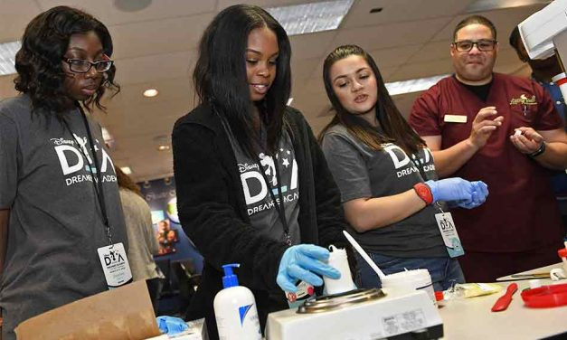 100 Teens Selected from Among Thousands to Take Part in Disney Dreamers Academy
