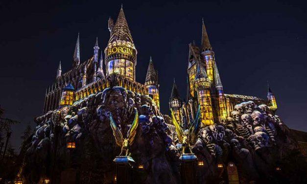 Universal Orlando Resort Opens New Projection Experience, Dark Arts at Hogwarts Castle