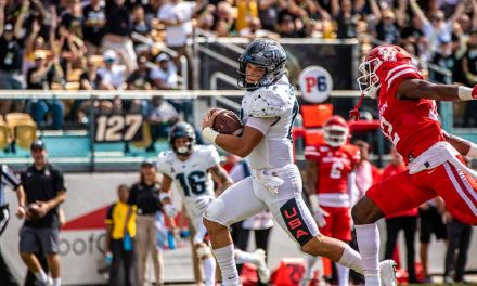 UCF blasts off in third quarter to take care of Houston, 44-29