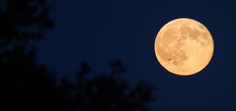 Final full moon of 2019 is tonight — will it bring cooler weather?