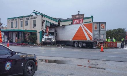 Trailer truck crashes into Yeehaw Junction's Desert Inn