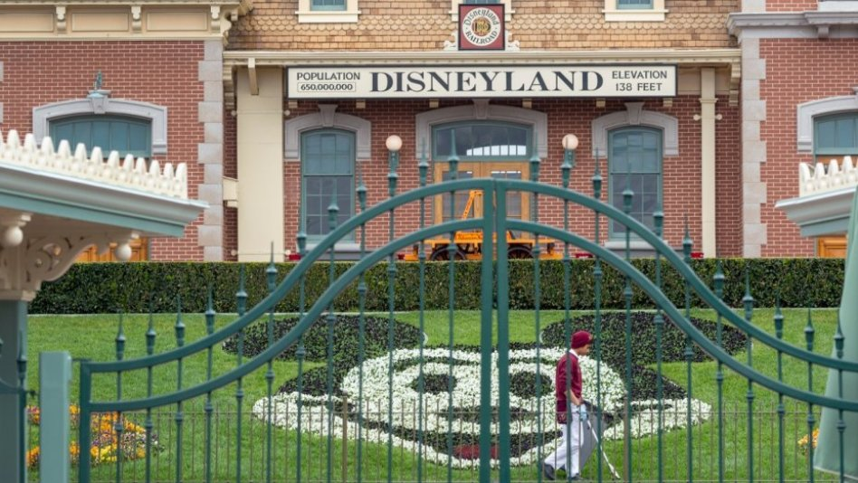 Disney pushes back planned July 17 reopening of California parks