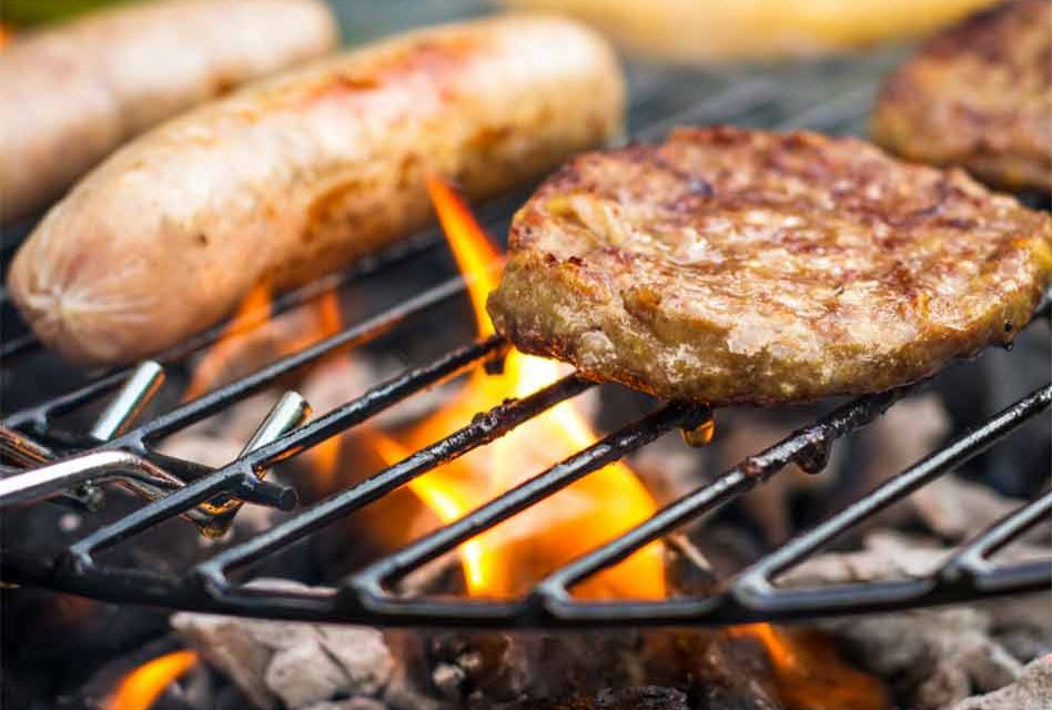 It's Independence Day weekend… let's eat, but do it safely!
