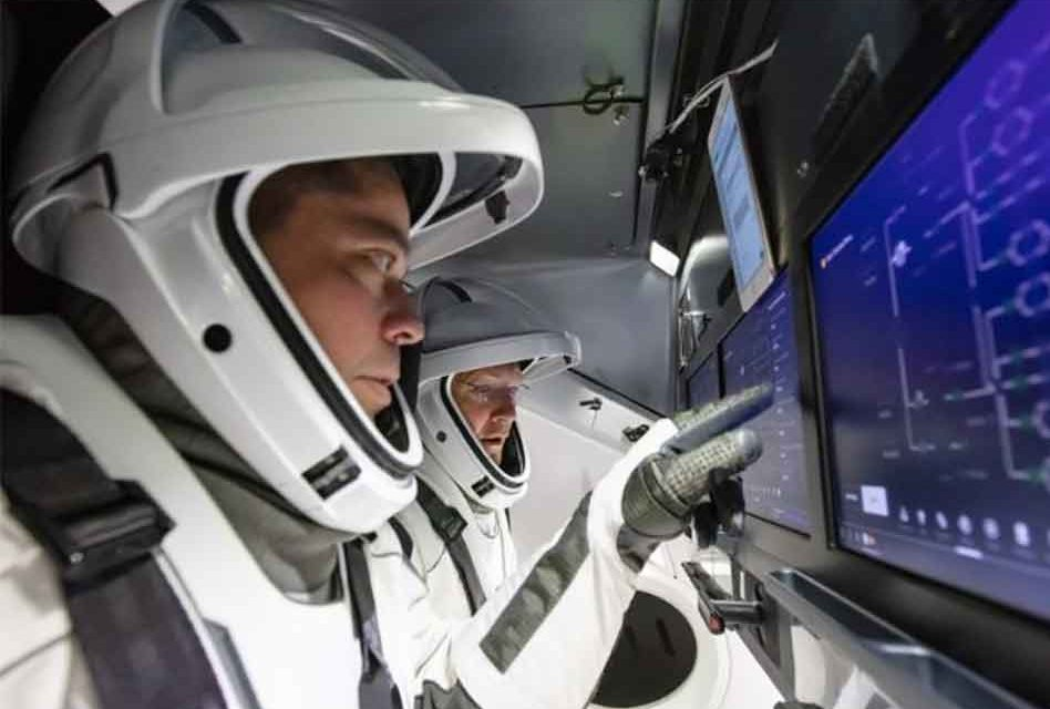 SpaceX's Crew Dragon to splash down in the Gulf today