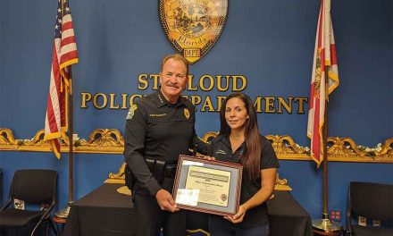 """St. Cloud 911 dispatcher recognized for """"virtually"""" assisting the delivery of a baby"""