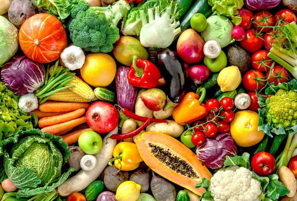 Ten tips for shopping smart for veggies and fruits, and they're Positively Delicious!