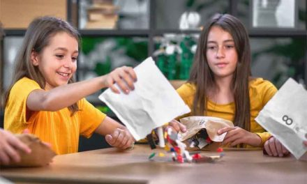 Lego to change from plastic bags to paper ones in boxed sets