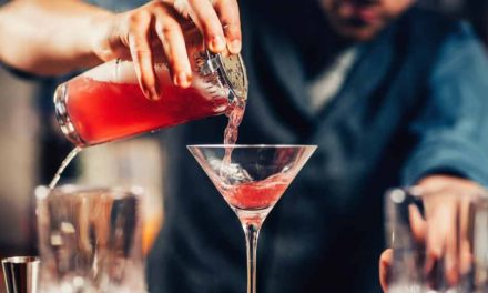 """Governor DeSantis signs bill making """"alcohol-to-go"""" permanent in Florida"""